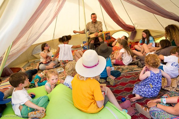 Storytelling for Younger Children - VERSE 2020